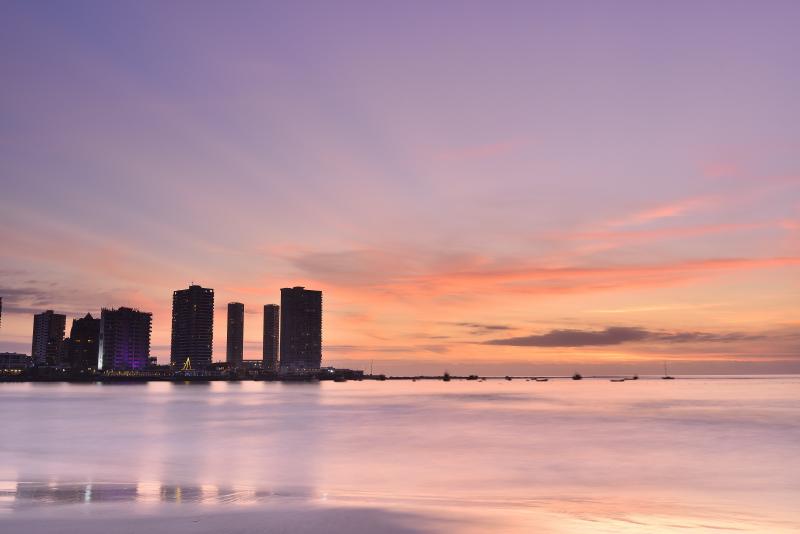 Atardecer en Playa Cavancha Iquique